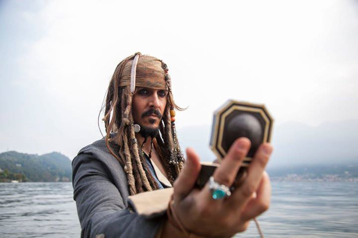 pirati caraibi jack sparrow sea mare compass seven seas
